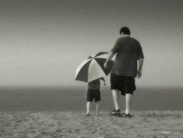 Ποια είναι τα 10 πράγματα που ένας γιος χρειάζεται από τον πατέρα του
