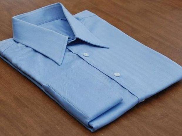 Πως να διπλώσετε τέλεια ένα πουκάμισο σε 2 δευτερόλεπτα (Video)