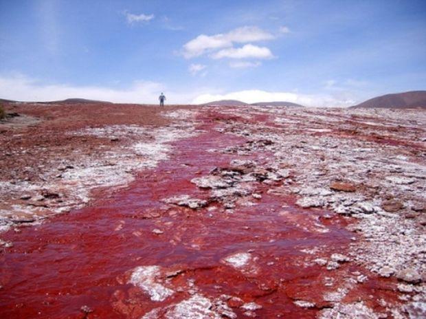 Η Κόκκινη Λιμνοθάλασσα της Χιλής