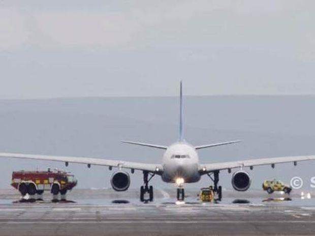 Βίντεο-ΣΟΚ: Κινητήρας αεροσκάφους εξερράγη λίγο πριν την απογείωση