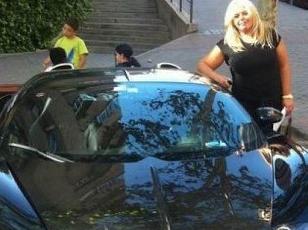 Αυτή είναι η ελληνίδα τηλεοπτική παραγωγός που συνελήφθη για κοκαΐνη