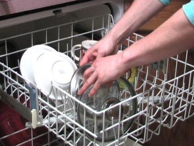 Πλυντήρια ρούχων και πιάτων γίνονται «φωλιές» για μύκητες