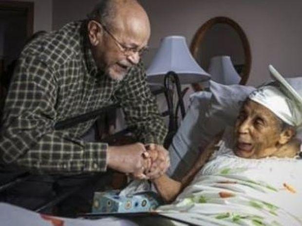 Πήρε απολυτήριο λυκείου 106 ετών