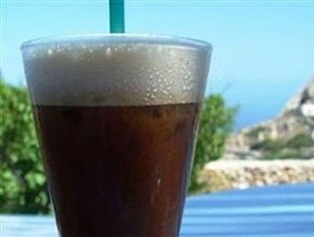 Ποιος είναι ο πιο υγιεινός καλοκαιρινός καφές