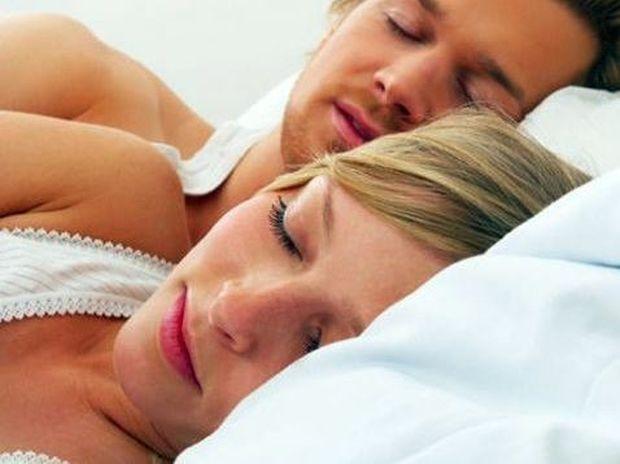 Στάσεις ύπνου: Τι σημαίνουν για εσάς και τη σχέση σας;