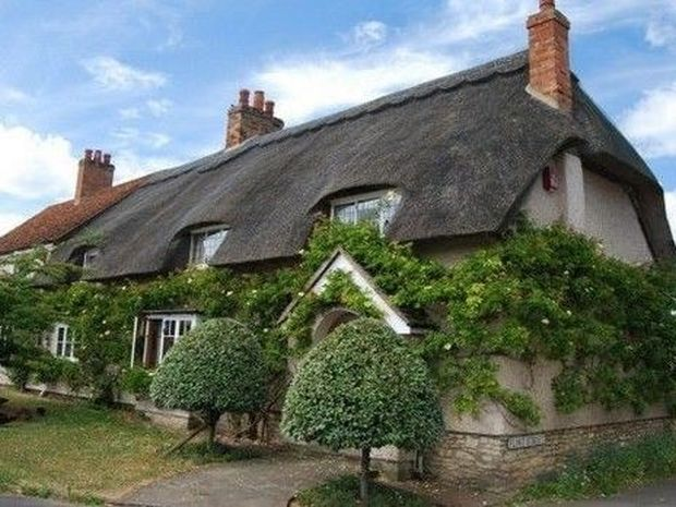 Devonshire: Το πιο παραμυθένιο χωριό της Αγγλίας!!