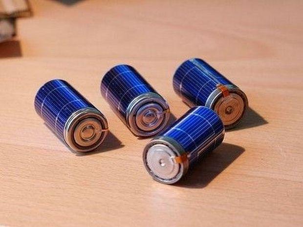 ΤΟ ΗΞΕΡΕΣ; Πώς θα τσεκάρεις αν μια μπαταρία είναι γεμάτη ΧΩΡΙΣ τον ειδικό μετρητή!