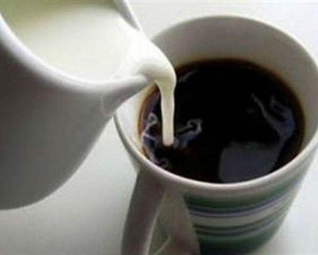 Βάζεις γάλα στον καφέ σου; Στο εξής θα πάψεις να το κάνεις! Μάθε γιατί