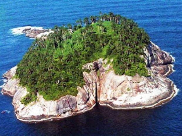 Σε αυτό το νησί δεν τολμά να πατήσει άνθρωπος - Διαβάστε το γιατί!