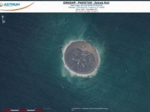 Πρώτη δορυφορική εικόνα του νεογέννητου νησιού στο Πακιστάν