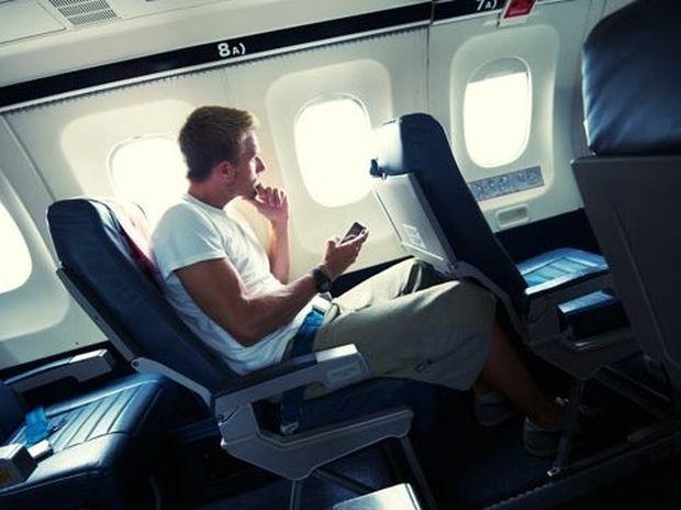 Υπάρχει ασφαλέστερη θέση στο αεροπλάνο;