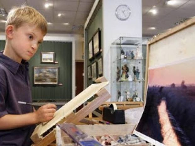 Πώς ένα 9χρονο αγόρι έβγαλε 100.000 δολάρια σε λίγα λεπτά (pics)