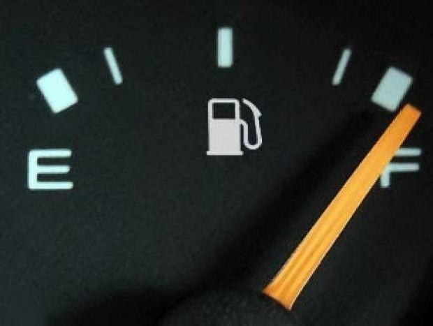 Τέσσερις απλές συμβουλές για να κάνετε οικονομία στη βενζίνη!