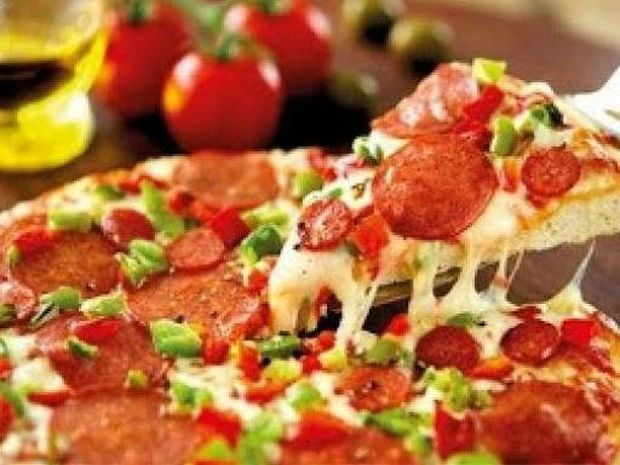 Απίστευτο: Παρήγγειλε 85 πίτσες και... δείτε τι φιλοδώρημα έδωσε!