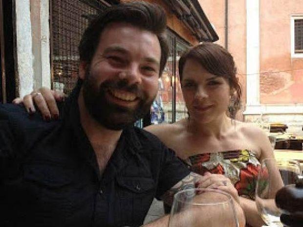 Ζωγράφισε τον άντρα της ζωής της και... τον γνώρισε 2 μήνες μετά