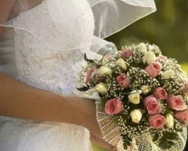 Τραγωδία: 25χρονη σκοτώθηκε σε τροχαίο λίγο μετά το γάμο της