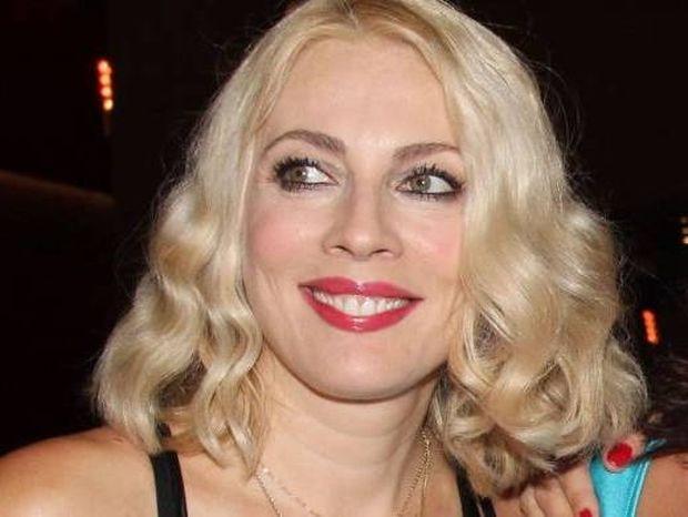 Σμαράγδα Καρύδη: Η Λιονταρίνα σε ρόλο παρουσιάστριας στο Mega
