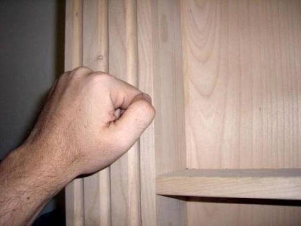 Το ξέρατε; Δείτε γιατί λέμε «χτύπα ξύλο» όταν ακούμε κάτι άσχημο!