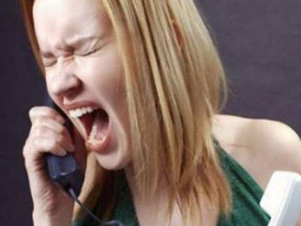 Βίντεο: Δείτε πως ξέσπασε η απατημένη σύζυγος