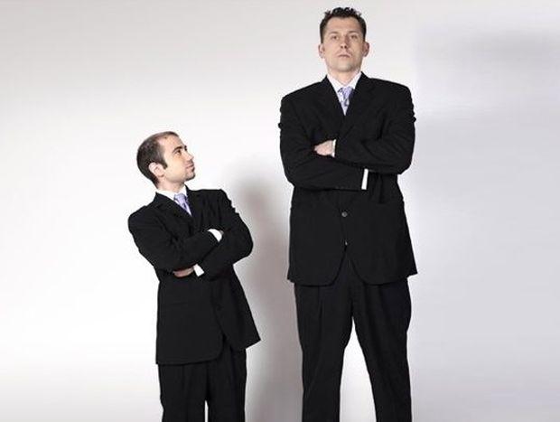 ΜΑΝΤΕΨΤΕ: Τι έχουν οι κοντοί που δεν έχουν οι ψηλοί;