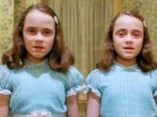 Θυμάστε τις ανατριχιαστικές δίδυμες από «Τη Λάμψη»; Δείτε πώς είναι 34 χρόνια μετά!