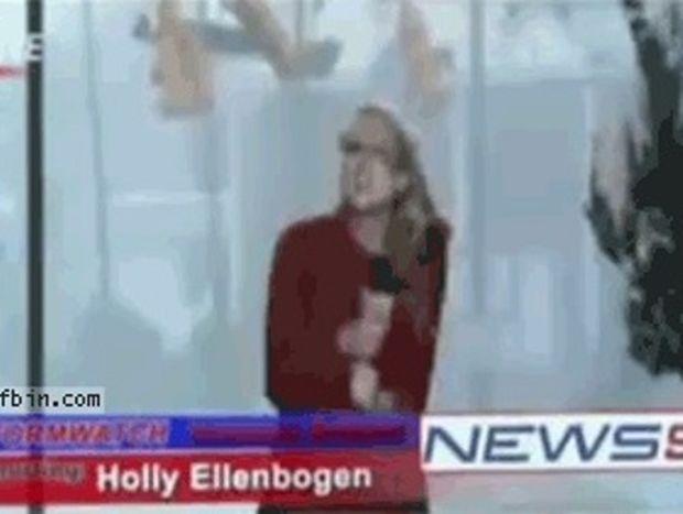 VIDEO: Τι θα πει στην κυριολεξία STOP στη δημοσιογραφία...