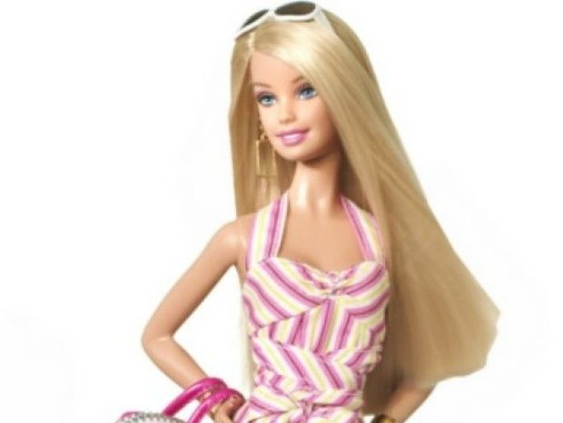 Πώς θα έμοιαζε η Barbie αν ήταν μια πραγματική γυναίκα;