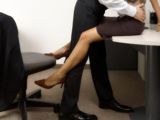 Ζώδια και σεξ στο γραφείο: Ποιά το ρισκάρουν;