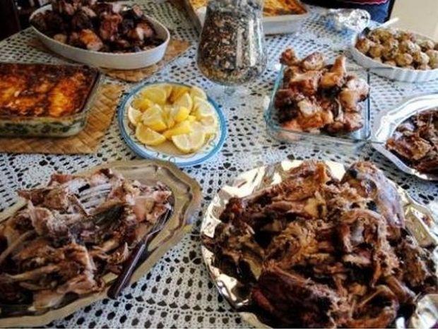 Πώς να γλιτώσεις θερμίδες το Πάσχα τρώγοντας τα πάντα!