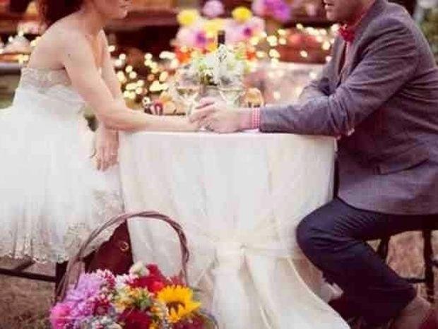 Τα 12 πράγματα που δεν πρέπει να πεις στο πρώτο ραντεβού