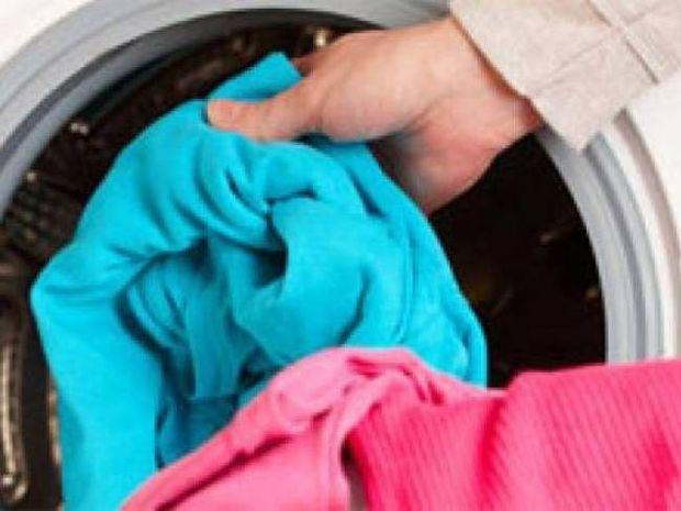 Απίστευτο: Τα ρούχα που πλένονται στους 40 βαθμούς είναι σαν τα άπλυτα