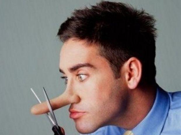 10 αλάνθαστοι τρόποι για να ξεσκεπάσετε έναν ψεύτη