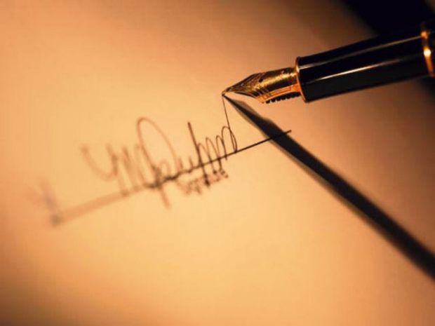 Πώς θα προσελκύσεις την τύχη με την υπογραφή σου;