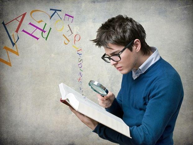Πανελλήνιες Εξετάσεις 2014: Πώς μελετούν τα 12 ζώδια;