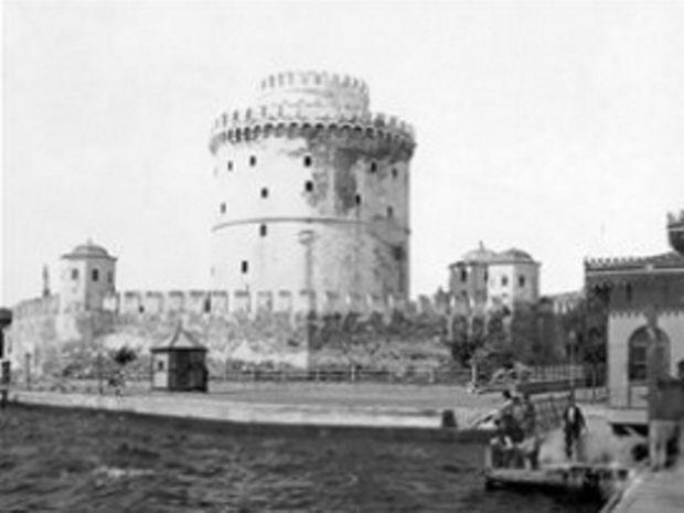 Μέσα σε 2 λεπτά 150 χρόνια Λευκός Πύργος (βίντεο)