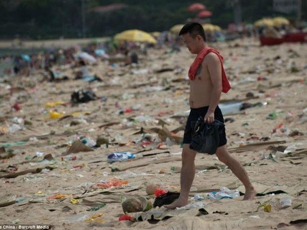 H πιο βρώμικη παραλία του κόσμου !
