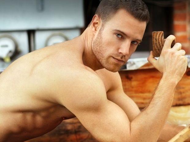 Ποιον ερωτικό θεό του ζωδιακού θα πάρεις στο κρεβάτι σου;