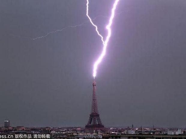 Όταν ο κεραυνός χτυπά διάσημα αξιοθέατα του κόσμου