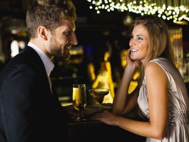 Σχέσεις: Τα χαρακτηριστικά των ανδρών που ξετρελαίνουν τις γυναίκες!