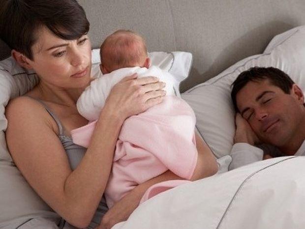 Κατάθλιψη μετά τη γέννα: 10 συχνά συμπτώματα