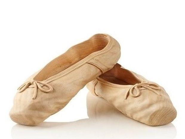 ΑΠΙΘΑΝΟ! Μπορείς να μαντέψεις από τι είναι φτιαγμένα αυτά τα παπούτσια; (PHOTOS)