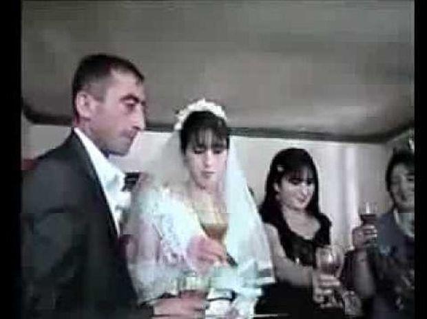 Το ζευγάρι της χρονιάς... θα κλάψετε από τα γέλια! (Βίντεο)