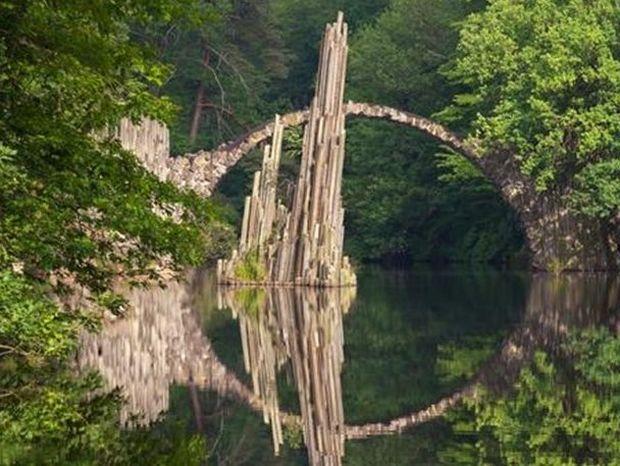 Έξι πανέμορφες και παράξενες γέφυρες του κόσμου