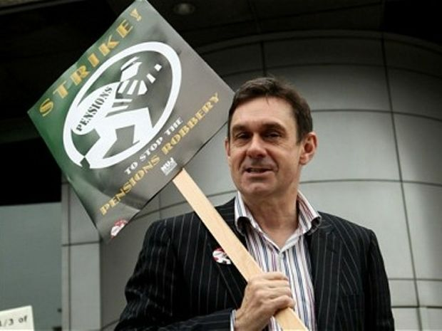 Paul Mason: Ο Υδροχόος δημοσιογράφος και το προσχέδιο Μοσκοβισί