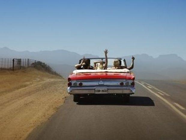 10 τρόποι που τα ταξίδια με αυτοκίνητο έχουν αλλάξει πολύ απ' τη δεκαετία του '90!