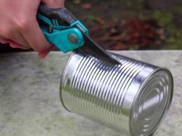 Πανέξυπνο! Δείτε τι μπορείτε να δημιουργήσετε με ένα τενεκεδάκι μόνο (video)