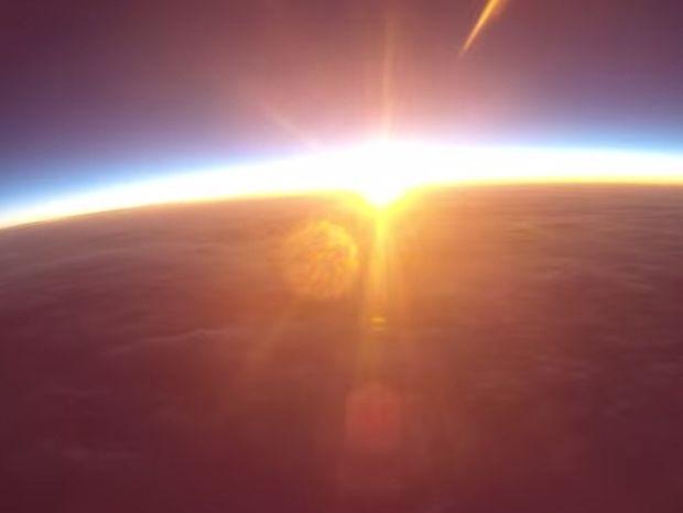 Η ανατολή από το διάστημα! (video)