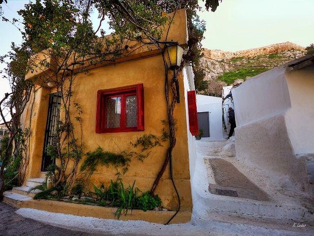 Αναφιώτικα: Γνωρίστε το πανέμορφο... νησί της Αθήνας! (PHOTOS)