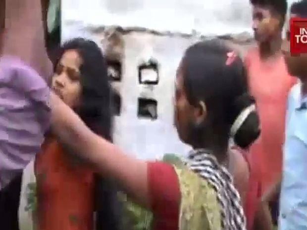 Ινδία: Λιντσάρισαν μέχρι θανάτου άνδρα που αποκεφάλισε 5χρονο αγοράκι
