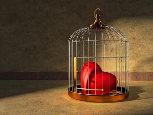 """Τα θύματα στη σχέση: Ποιοι """"την πατάνε"""" συνέχεια και γιατί"""